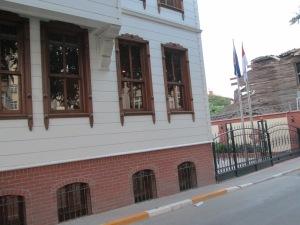 Tampak Depan KJRI Istanbul