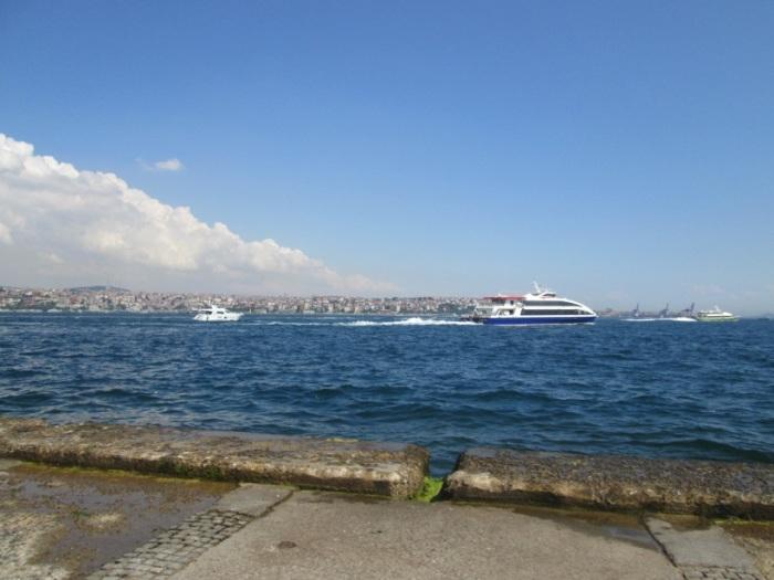 Selat Bosphorus, Terlihat Dataran Turki Asia